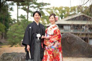 名古屋の徳川園で冬の和装前撮り赤い色打掛
