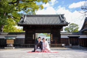 名古屋の和装ロケーションフォトおすすめの徳川園白無垢前撮りポーズ